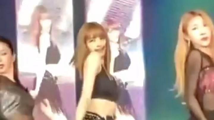 天吶!lisa跳舞這么差???傳說她跳的很好啊,不信謠,不傳謠!!!